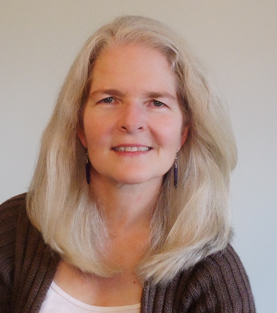 May 16: Lynn Borton joins us to discuss curiosity and the fluid career