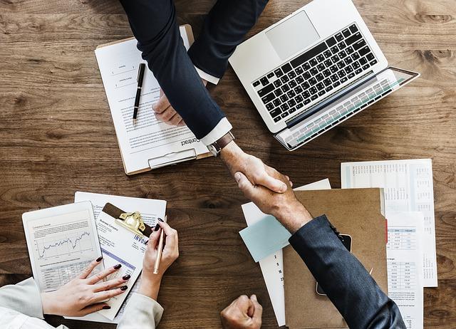 UPSKILLS: Management Toolbox<br><em> Leading Teams & Managing People</em>